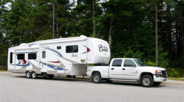 RV Air Ride Suspension Levels The Load And Softens The Bumps