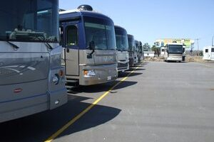 See The Country Without Spending A Dime – Become An RV Transport Driver