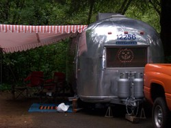 airstream-halloween-lights-by-koocheekoo.jpg