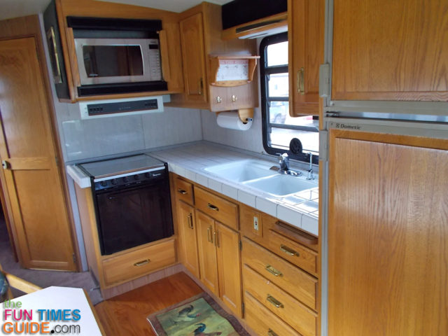 RV Gas Mileage Tips For Balancing RV Fuel Economy With Comfort And Luxury