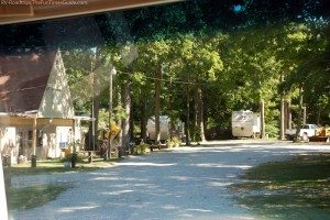 The Elizabethtown Crossroads Campground is a quaint little RV park in Elizabethtown, Kentucky. photo by Lynnette at TheFunTimesGuide.com