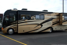 fleetwood-motorhome-at-bullyans-rv.jpg