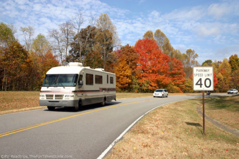 Cruising the Natchez Trace Parkway in a motorhome