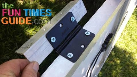 hinged-mounting-brackets-for-rv-solar-panels