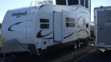 Watch RV Virtual Tours Online To See RV Features Not Revealed In Photos