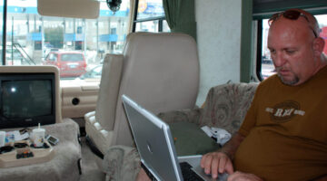 Full Time RVing: How Do You Forward Mail? Pay Bills? Get Healthcare & WiFi Internet Access?