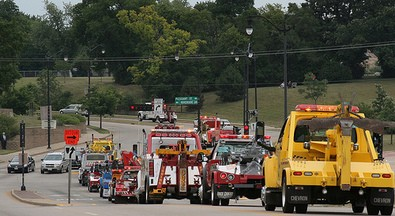 many-tow-trucks-and-wreckers-by-oldonliner.jpg