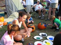 painting-pumpkins-by-donovan-and-evelyn.jpg
