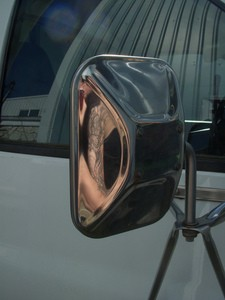 rely-on-mirrors-when-rv-parking-by-soulrider.222.jpg