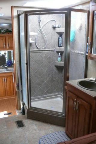 Rv showers