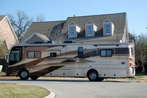 rv-bigger-than-a-house.jpg