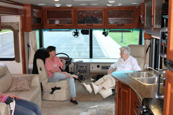 Rv Captains Chairs What To Do If Yours Are Badly Worn