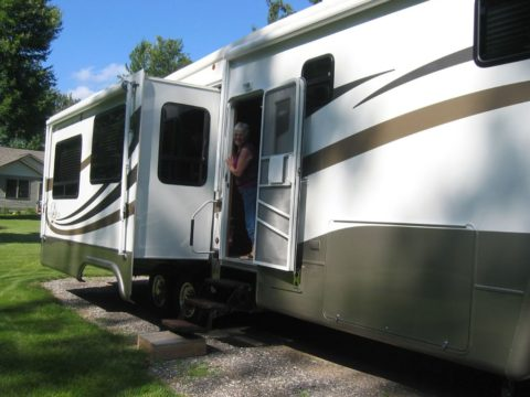 RV slide-out operation and troubleshooting advice.