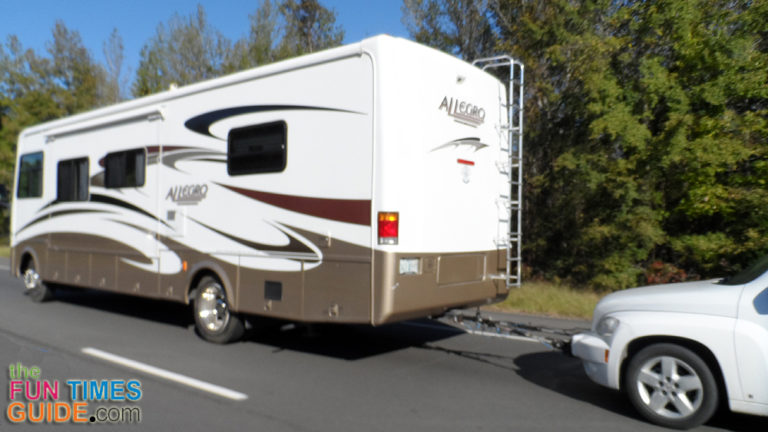 rv towing tips 3 ways to tow a car behind your motorhome the rving guide. Black Bedroom Furniture Sets. Home Design Ideas