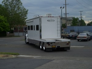 rv-towing-with-hd-truck-by-soulrider222.jpg