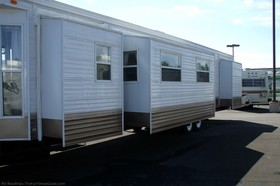 rv-travel-trailer-slideouts.jpg
