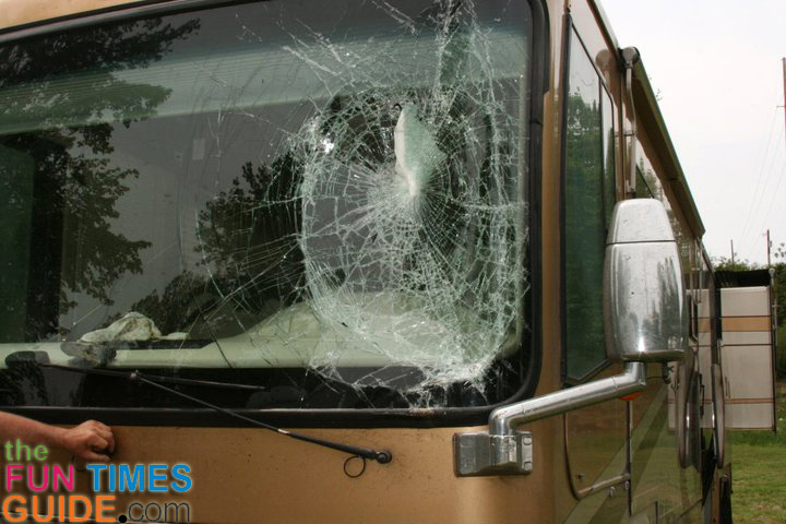 Repairing Vs Replacing Rv Windshield Glass See How Auto