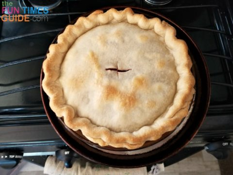 Traditional apple pie for your RV Thanksgiving dinner.