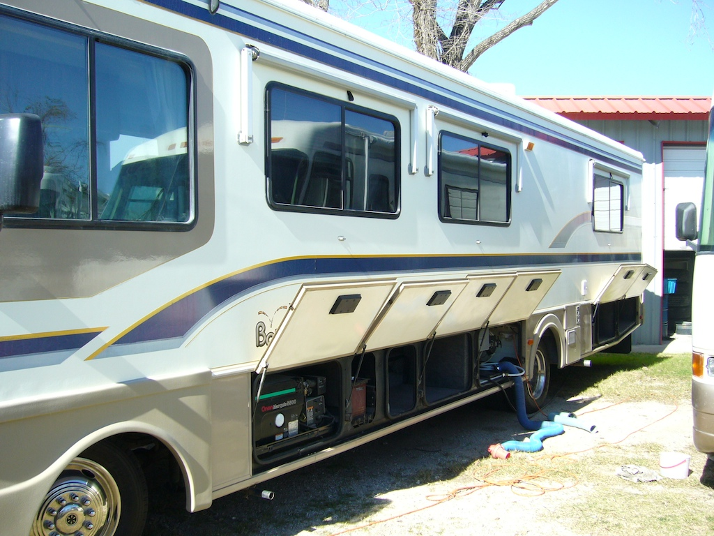 Rv Buying 101 Which Type Of Rv Is Best A Motorhome Or A 5th Wheel Trailer The Rving Guide