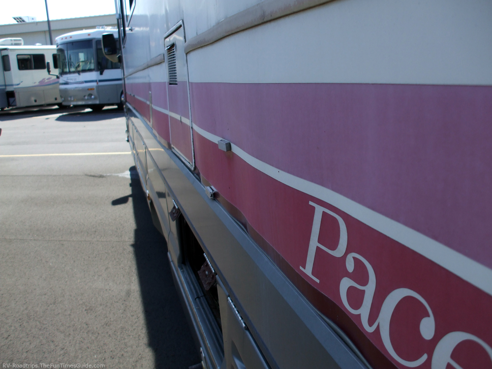 RV Delamination And Cracks: Both Are Serious Issues | The