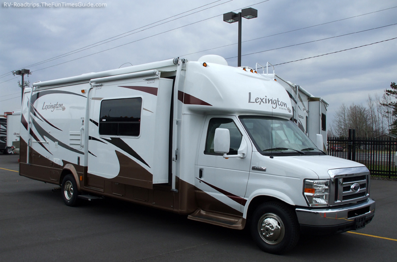 22 wonderful motorhome for rent for Factor motors le center mn