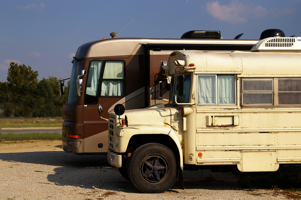 Rv Bus Motorhome By Nutch Bicer