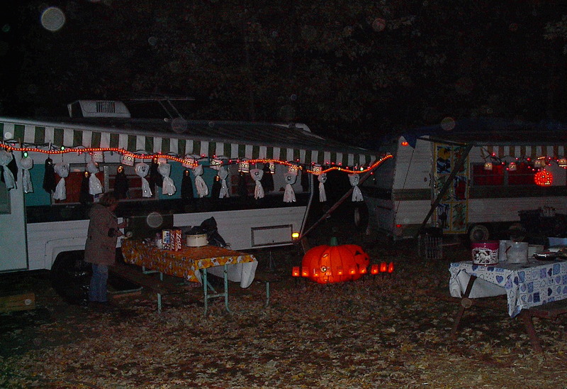 Decorating Ideas > An RVers Guide To Spooky Halloween Fun  Fun Times Guide  ~ 161501_Halloween Decorating Ideas Campground