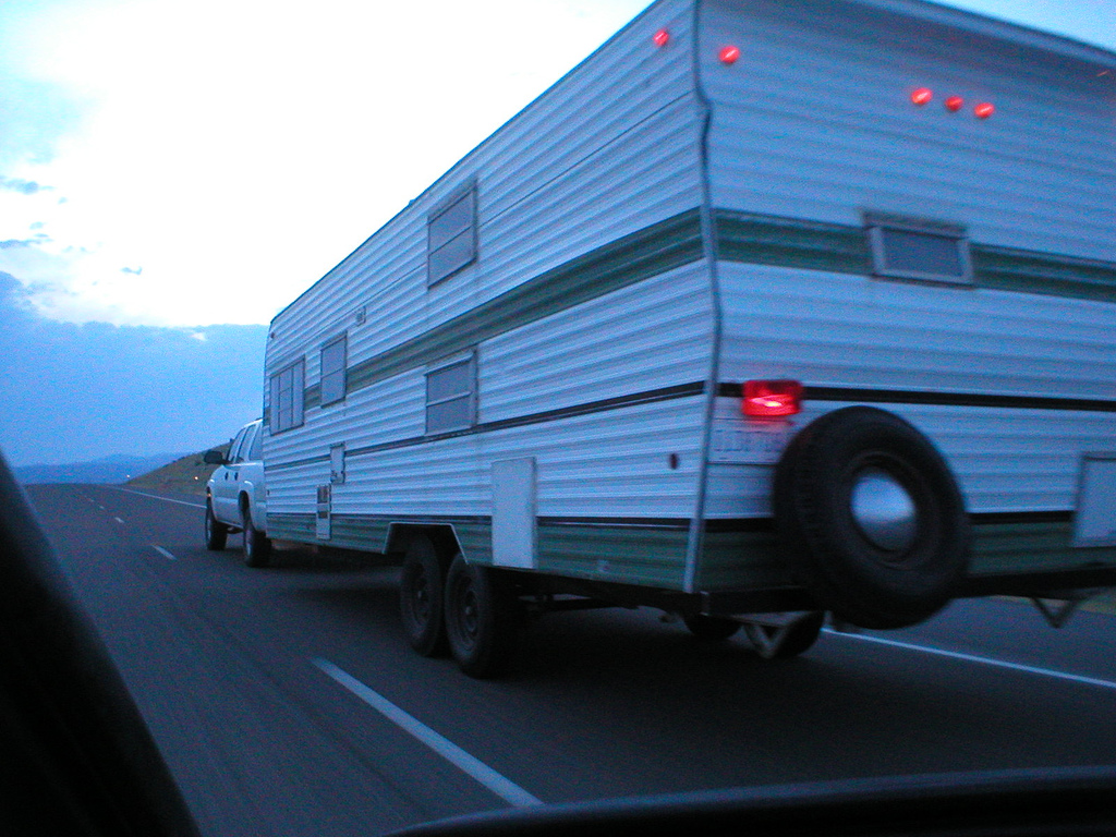 rv driving tips towing a trailer requires a whole different way