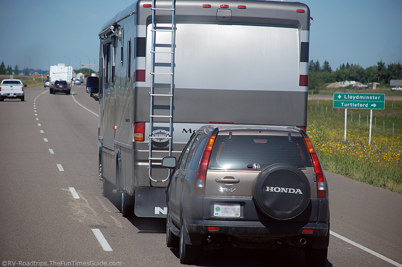 Best Tips For Towing A Car Or Trailer Behind An Rv The Rving Guide