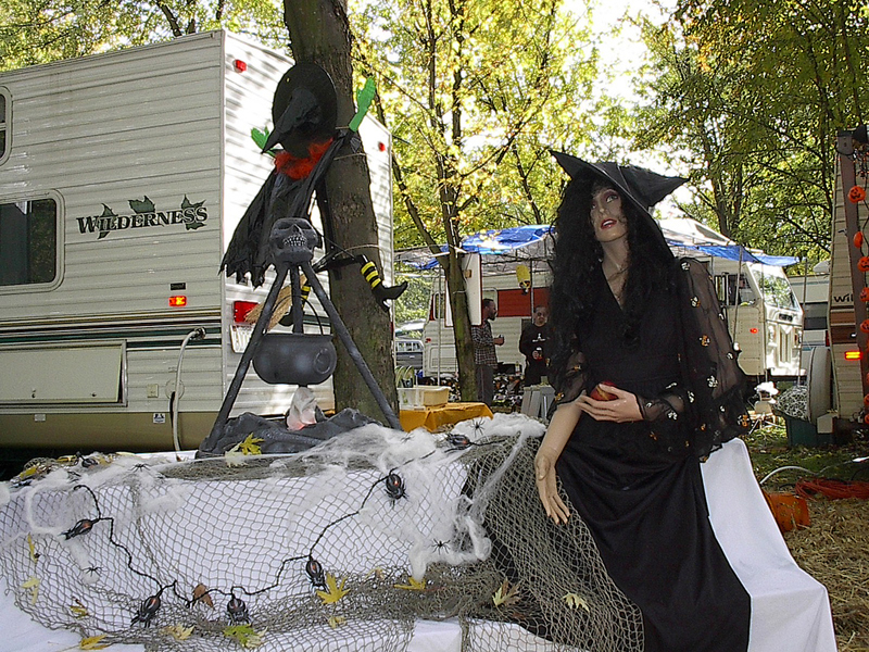 An RVer's Guide To Spooky Halloween Fun At Your Campsite | The RVing